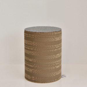pour_gray_stool