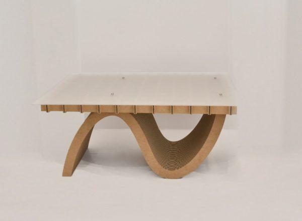 cardboard_plastic_table